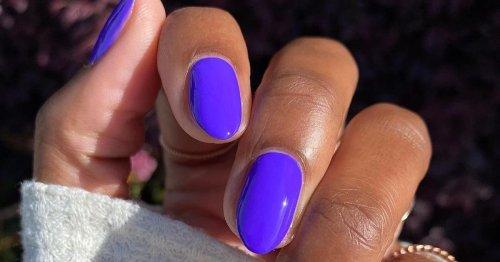 La manicura violeta tendencia de la primavera que amarán las chicas de uñas largas