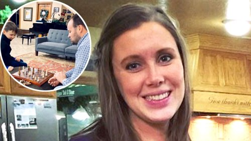 Anna Duggar Seemingly Shares Throwback Photo of Josh Amid Child Porn Charges, Then Deletes It