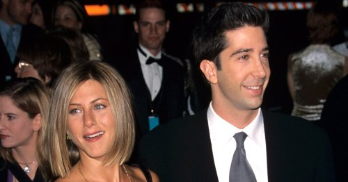 Jennifer Aniston Shares Funny Texts About David Schwimmer 'Romance'