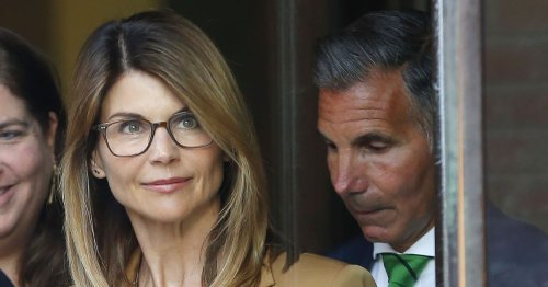 Exclusive: Lori Loughlin 'Determined' to Save Marriage After Mossimo's Release