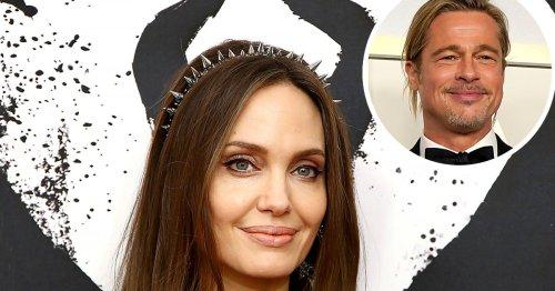 Angelina Jolie Jokes About Single Life Amid Brad Pitt Divorce