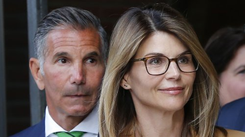 Lori Loughlin, Mossimo Giannulli Request Permission for Mexico Trip Amid Prison Release