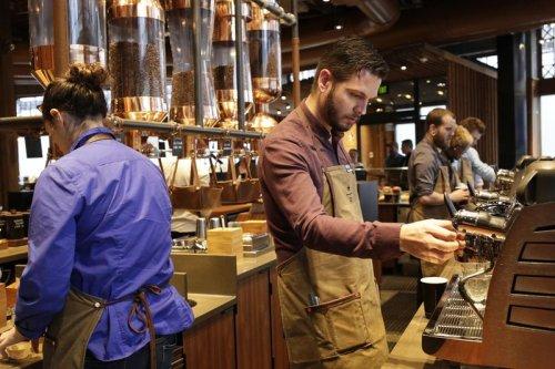 Starbucks-Aktie gewinnt: BofA und Deutsche Bank raten zum Kauf Von Investing.com