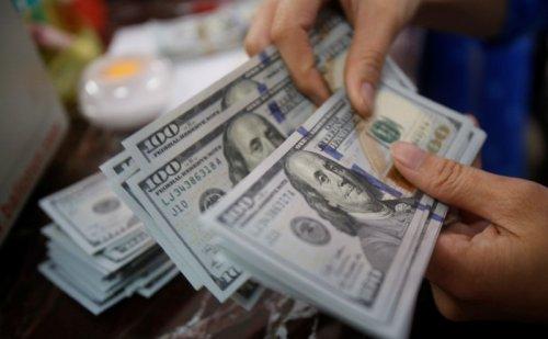 為替:ECBのハト派的な発言を受けて米ドル上昇、ポンドは横ばい 執筆: Investing.com