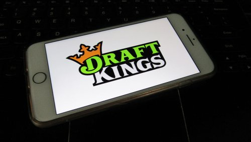 DraftKings Stock: Is It A Buy Right Now After Deal With UFC?