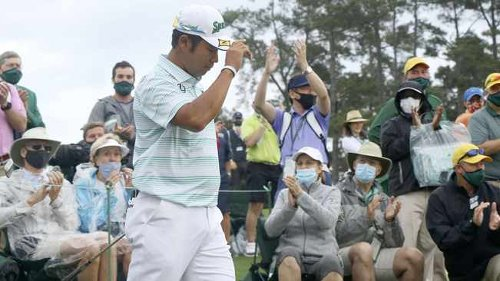 Hideki Matsuyama on course for Masters history after rain delay refreshes game