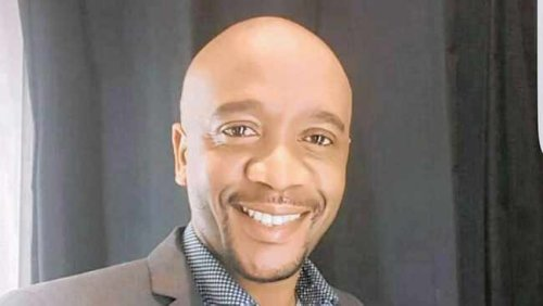 Government spokesperson sues SIU and the Sunday Times for R500 000