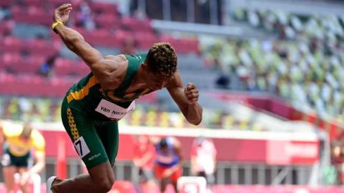 'I'm still in the running for the medal, and that's what's important', says Wayde van Niekerk
