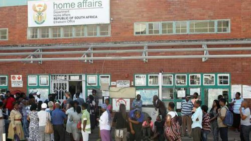 Motsoaledi comes down hard on Home Affairs staff telling public 'they've served more than enough for the day'