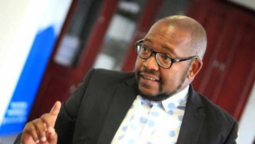 Emfuleni municipal manager Lucky Leseane placed under suspension again