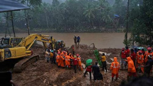 Floods in south India leave more than 20 dead