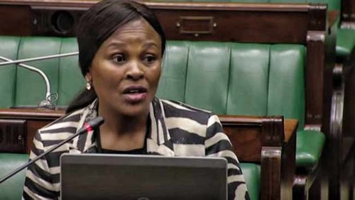Mkhwebane urges Parliament to halt inquiry after court finds in her favour