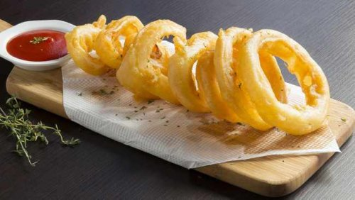 RECIPE: How to make crispy onion rings