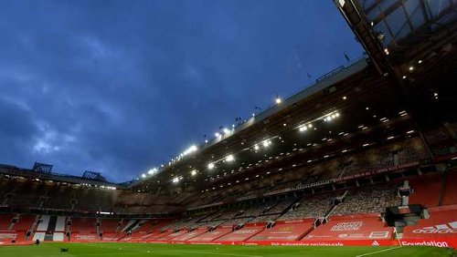 Manchester United manager to step down