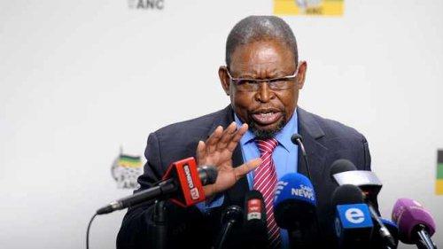 Finance Minister Enoch Godongwana distances himself from Sars salary dispute