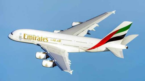 Emirates to resume flights to London Gatwick from December
