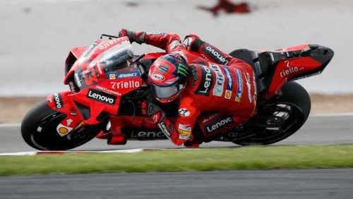 Brad Binder off the pace as Francesco Bagnaia seals Aragon MotoGP pole in record time