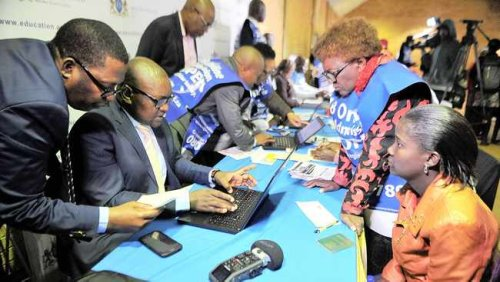 Gauteng online school applications split in two phases to manage high demand