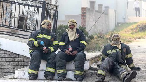 The 'hotshot' teams that put out the Cape Town fires