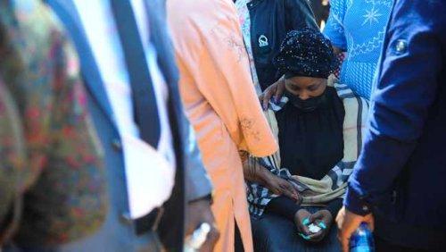 WATCH: Mourners arrive to bid farewell to Joburg mayor Matongo