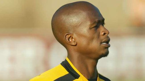 Former Kaizer Chiefs star Lucky Maselesele has died at the age of 41 – report
