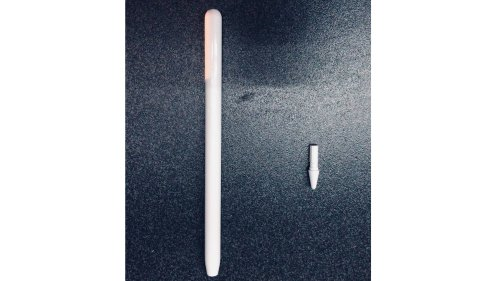 Does Anyone Want an Updated Apple Pencil with a Glossy Finish?