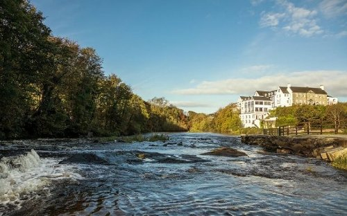 Irish hotel uses nearby waterfall to go carbon neutral