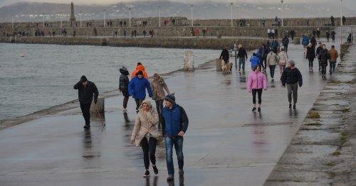 Met Eireann issue urgent rain and thunderstorm warning for Ireland