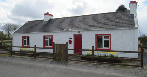 The stunning Irish cottage that looks nothing like you'd imagine on the inside