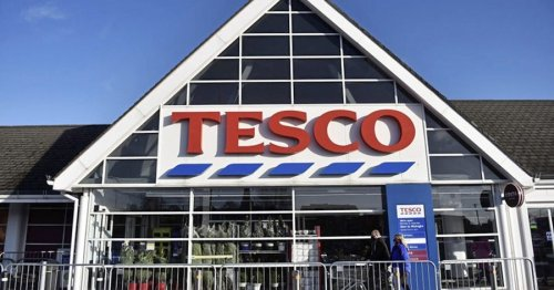 Lorry drivers and warehouse workers at Tesco sites reject pay offer
