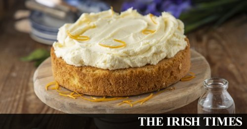 Vanilla and orange blossom cake