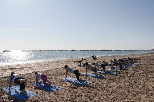 Giornata mondiale dello yoga, dagli hotel tante proposte
