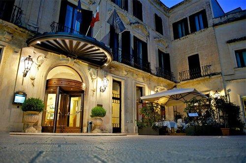 Nuove suite e un rooftop esclusivo al Patria Palace Hotel di Lecce
