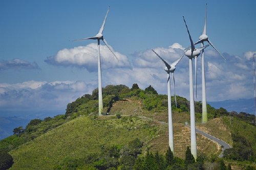 Naturgy signs power purchase agreement with Telstra to build 58 MW wind farm in Crookwell NSW