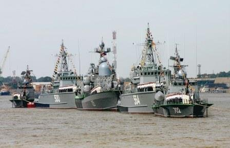 Moscow Moving 15 Warships From Caspian Sea to Waters off Ukraine