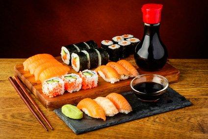 In der eigenen Küche leckeres Sushi machen – so geht's