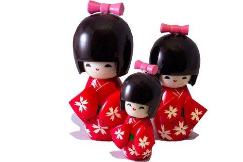 Kokeshi-Puppen: Infos zu Bedeutung, Herkunft und Tradition der niedlichen japanischen Püppchen