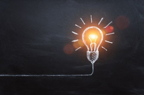 How to Validate a Business Idea (Insights from 10 Industry Leaders)