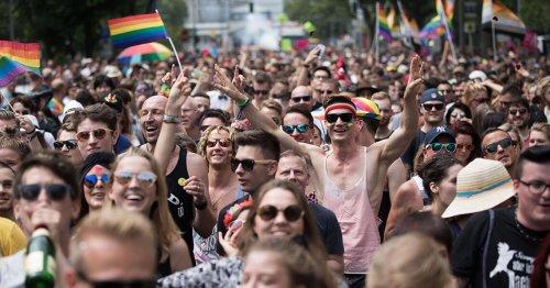 """""""Heute werden die CSD-Paraden bejubelt, aber damals wurden die Teilnehmer*innen noch bespuckt"""""""