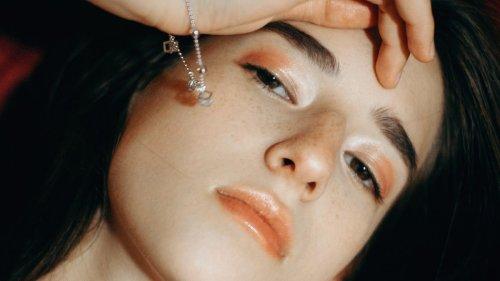Mitesser entfernen: In 5 Schritten verstopfte Poren loswerden