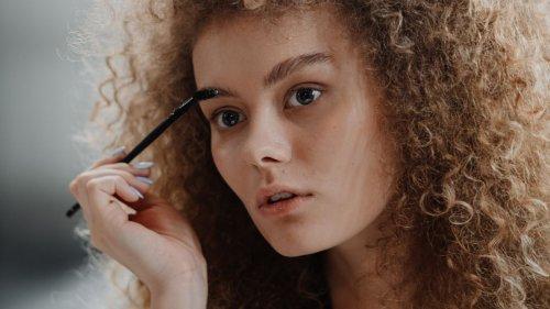 Soap Brows: Der Beauty Trend für volle Augenbrauen
