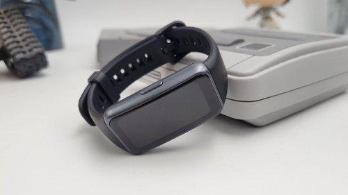 Test du Huawei Smartband 6 : simple mais efficace | Journal du Geek