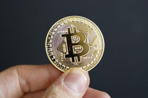 Amazon : non, vous ne pourrez pas utiliser vos Bitcoin sur la plateforme   Journal du Geek