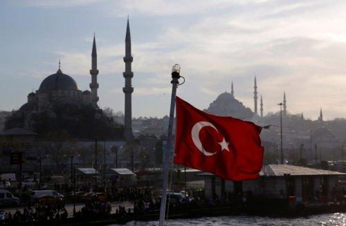 Turkey school textbooks call Jews and Christians 'infidels'