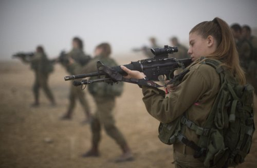 Price of women in IDF combat units outweighs benefits - Minister Kahana