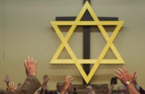 Democratic pro-Israel group calls Jewish leader enabler of antisemitism