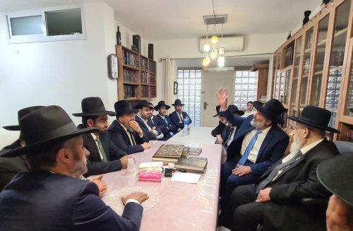 Shas spiritual leader: Boycott Israel's government