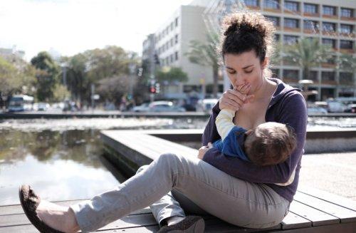 Coronavirus: Vaccinated nursing moms likely pass antibodies on to babies