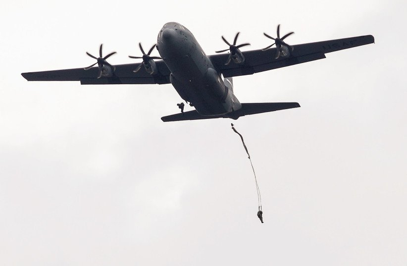 In first, Royal Moroccan Air Force C-130 transport planes lands in Israel