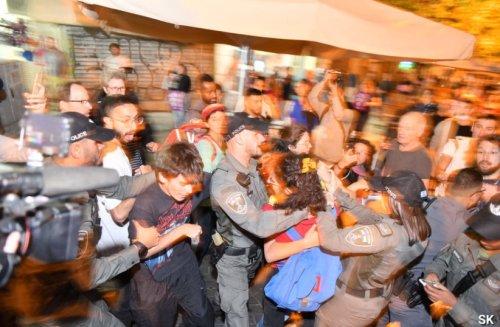 Pro-peace protestors arrested at Jerusalem Jewish-Arab solidarity event